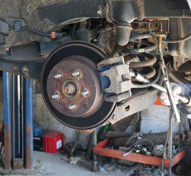 Phoenix brake shop offers rotor repair and replacement services